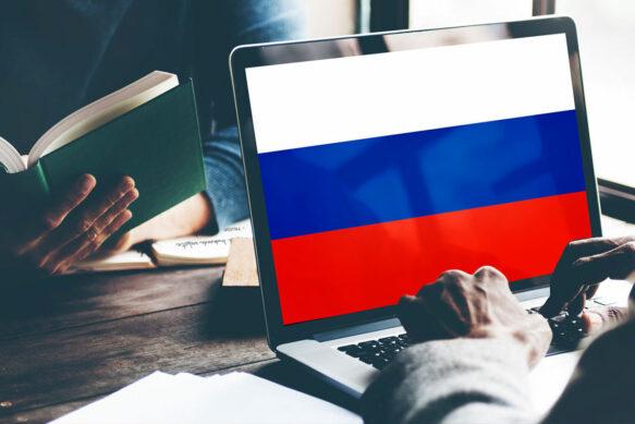 Список российских приложений, которые теперь обязательны к установке.
