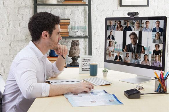 ТОП веб-камер на разный бюджет для общения онлайн и Twitch