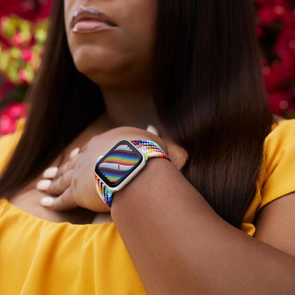Новые аксессуары от Apple для Apple Watch и динамический циферблат в стиле Pride